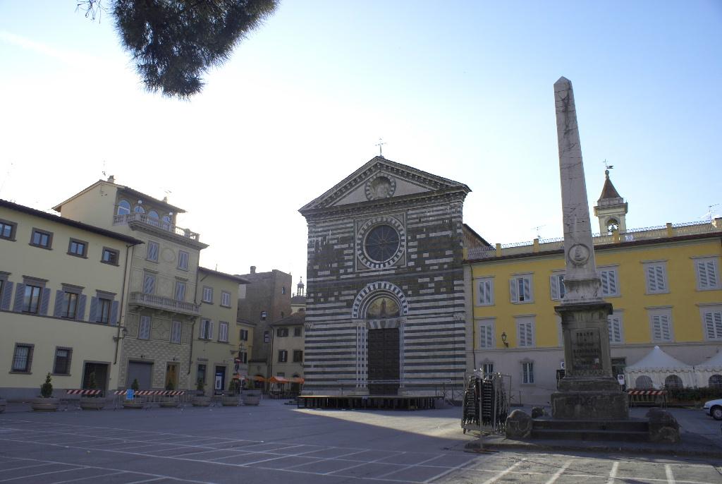 Prato for Piazza san francesco prato